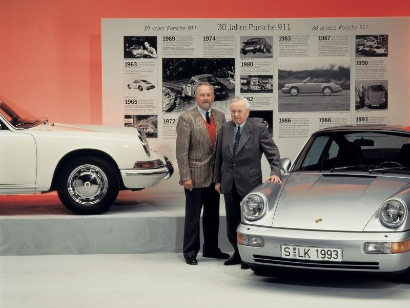 1993-Porsche_30years_911-1