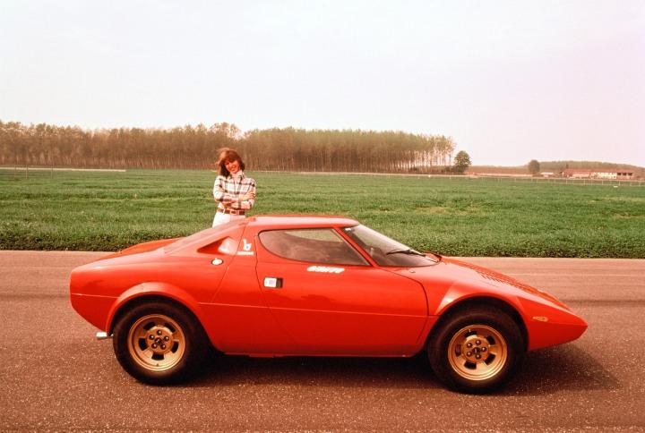 LHA084-Stratos-1973-1974