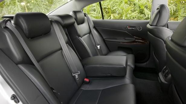 2007-Lexus_GS350_460-04