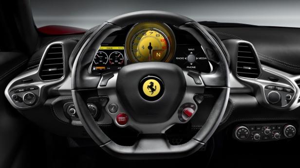 2010-Ferrari_458_Italia-01