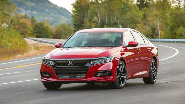 2018-Honda_Accord_Sport-01.jpg