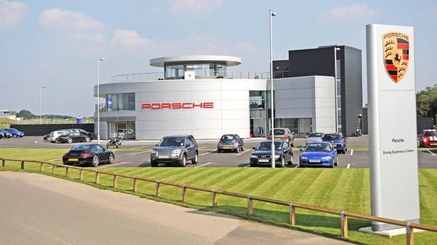 Porsche_Driving_Experience_Center_UK