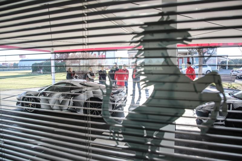 2018-Ferrari_488_Pista_SP-02