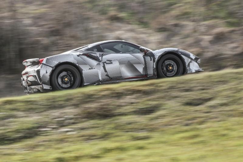 2018-Ferrari_488_Pista_SP-05