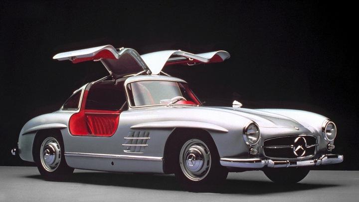 1954-Mercedes-Benz_300_SL-4