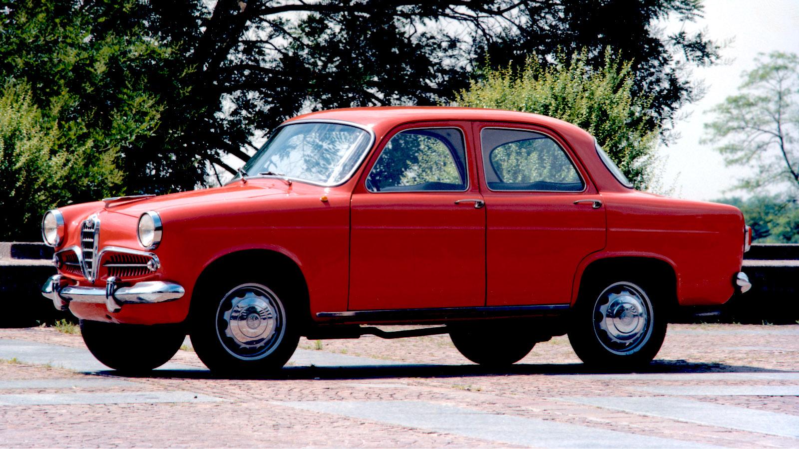 1955-AlfaRomeo_GiuliettaBerlina-1