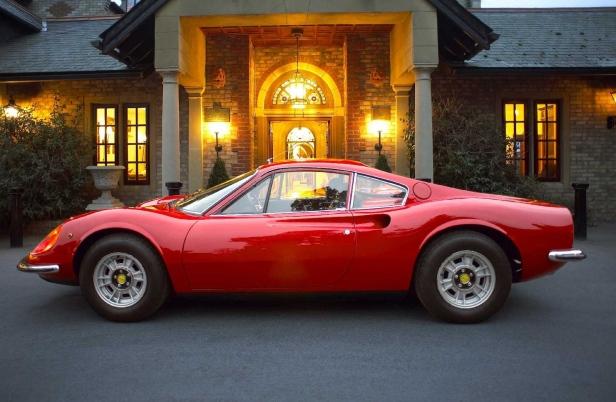 196x-Ferrari_Dino_246_GT-1