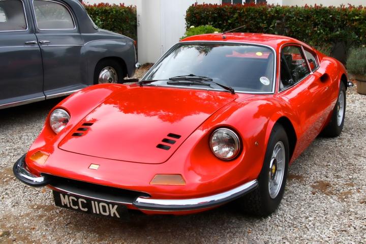 196x-Ferrari_Dino_246_GT-2