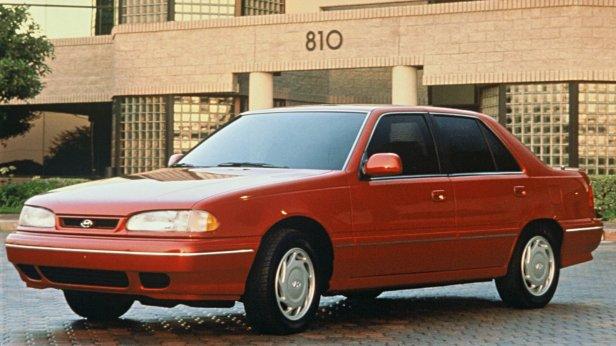1992-Hyundai_Sonata-1