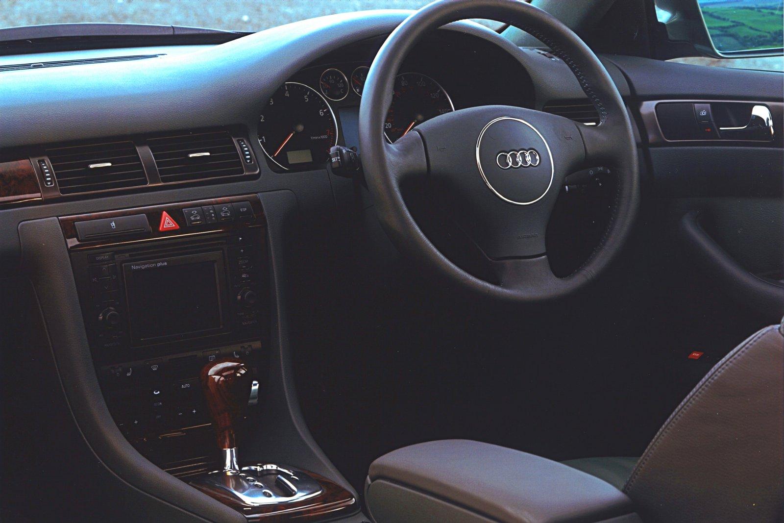 2000-Audi_allroadquattro-3