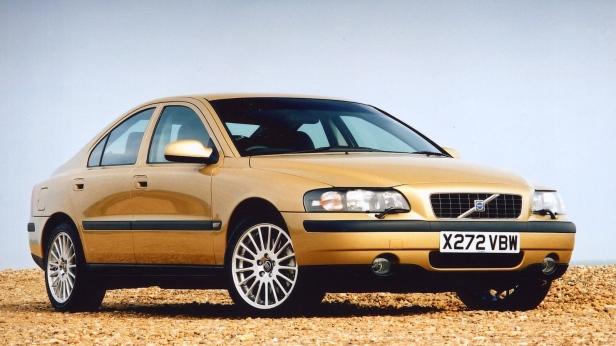 2000-Volvo_S60-1