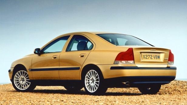 2000-Volvo_S60-2