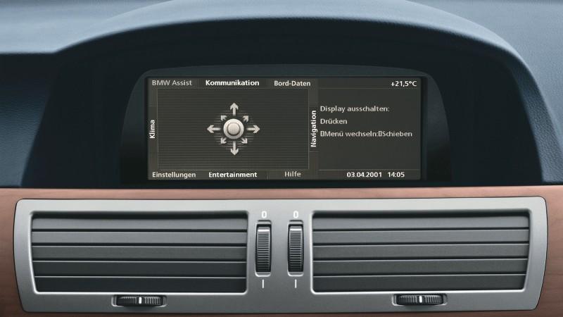 2002-BMW_iDrive_screen-1