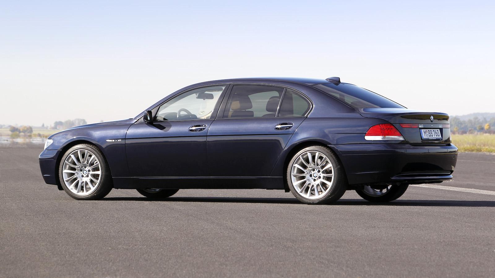 2003-BMW_760Li-2