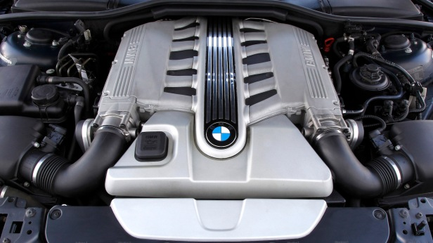 2003-BMW_760Li-5