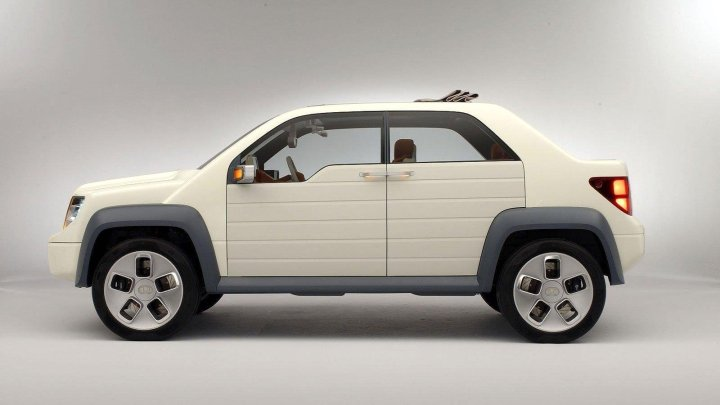 2003-Ford_Model_U_concept-01