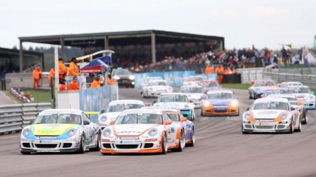 2009-Porsche_911_GT3_RS-1
