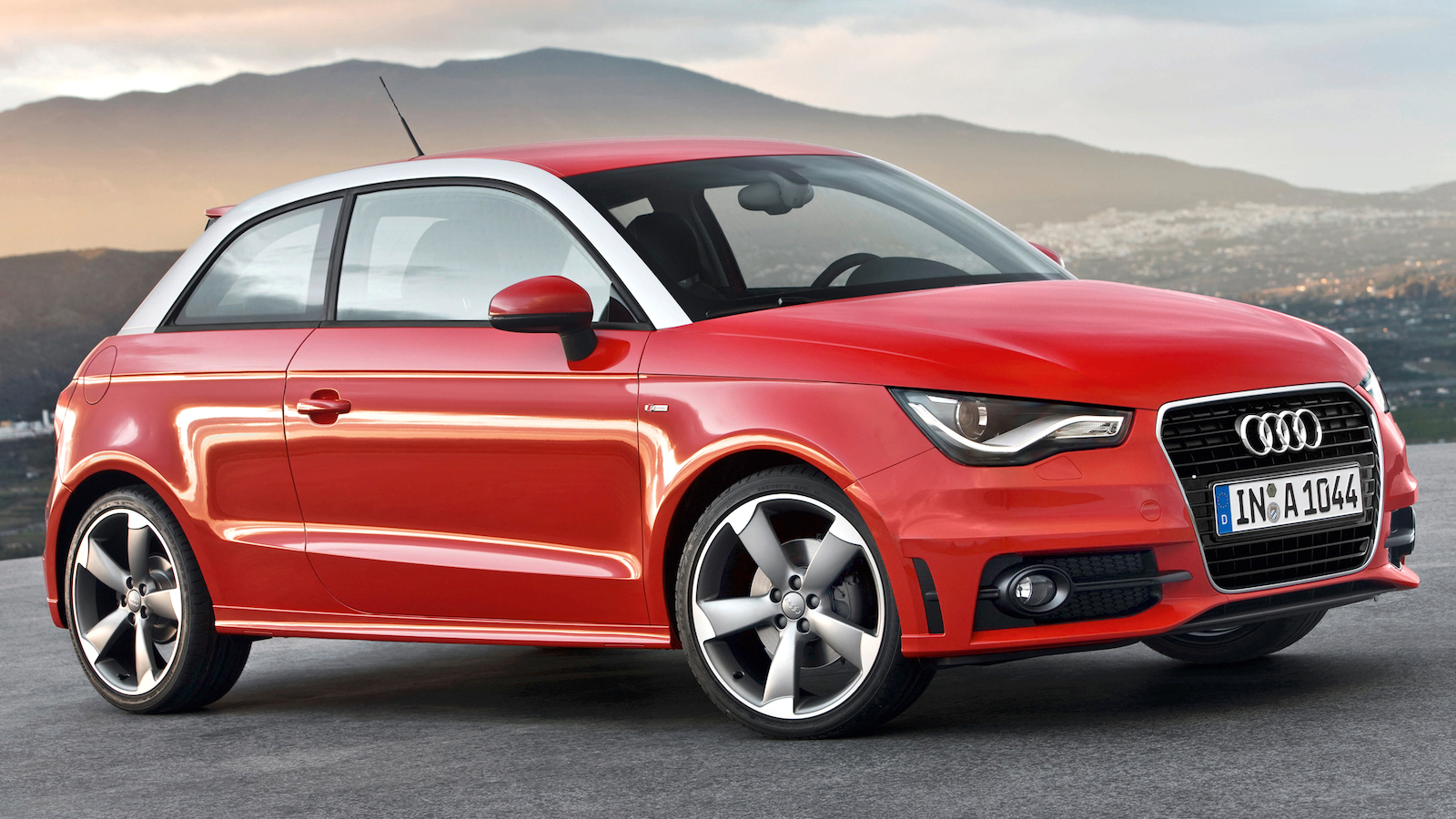 2010-Audi_A1-1
