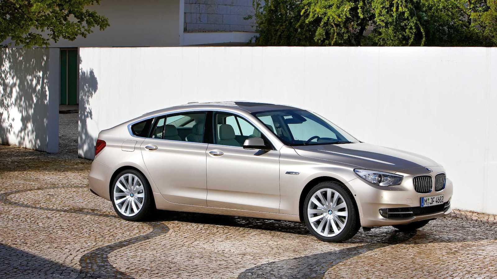 2010-BMW_5Series_GT-1
