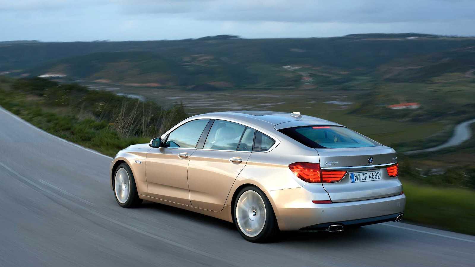 2010-BMW_5Series_GT-6