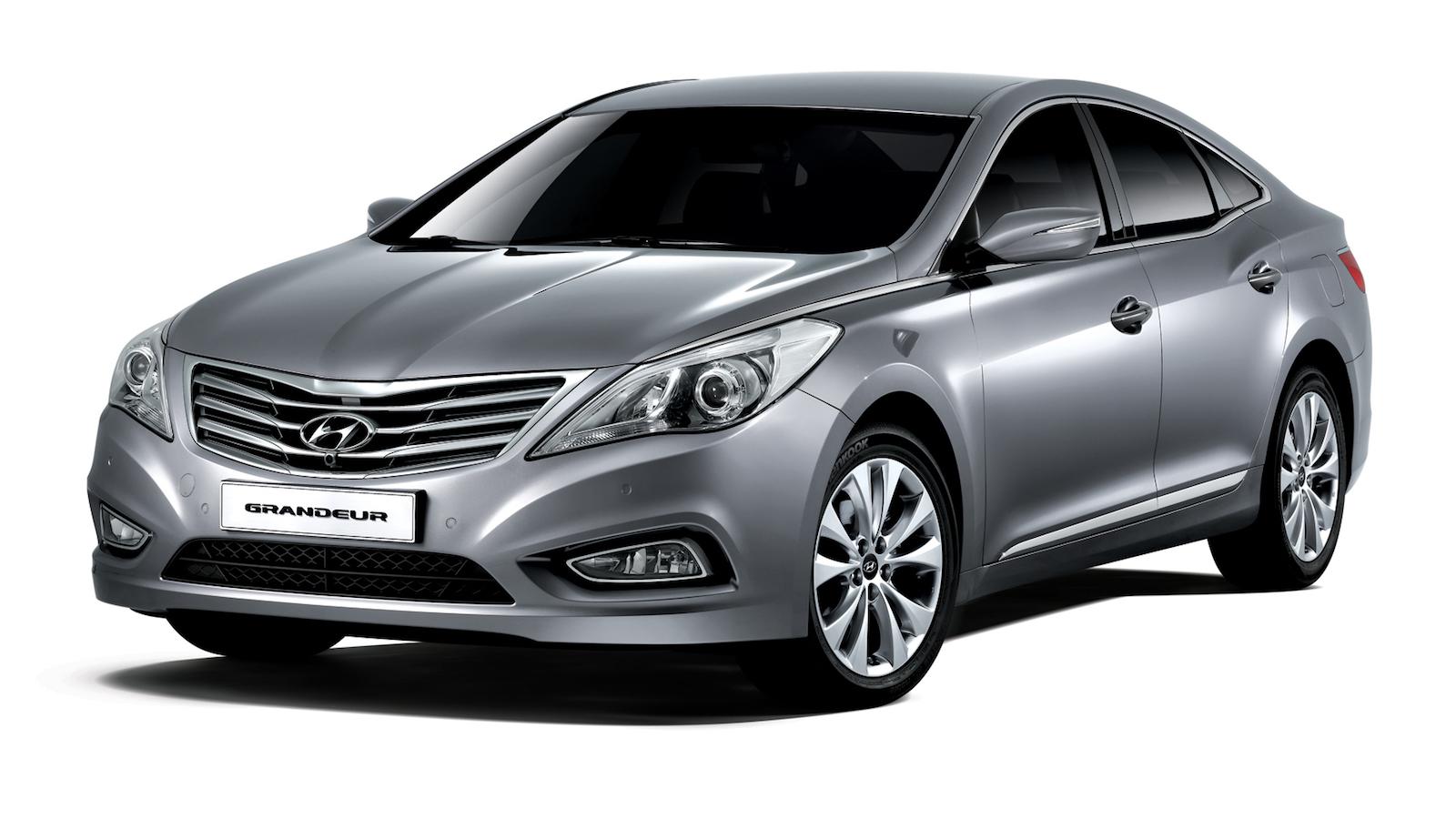 2011-Hyundai_Grandeur(HG)-1