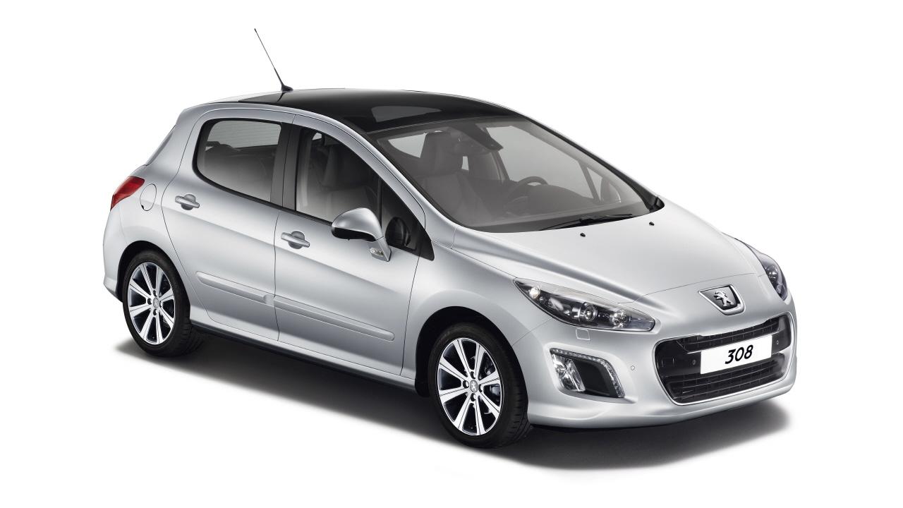 2011-Peugeot_308-1