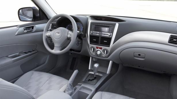 2011-Subaru_Forester-2