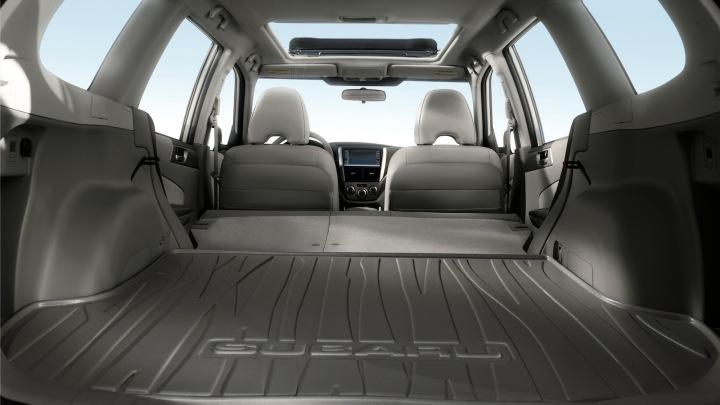 2011-Subaru_Forester-4
