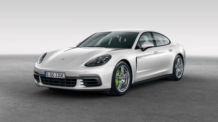 2018-Porsche_Panamera4_e-hybrid-1